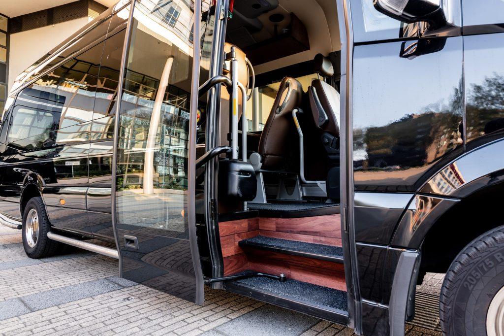 Instap Vip bus